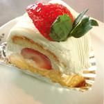 サルバドニカ - フルーツケーキ