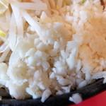 麺や 唯桜 - ニンニク
