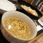 44040056 - カレーつけ麺セット(餃子とコメシ