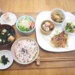 akaimi cafe - 週替わりのakaimiランチ 800円(税込) 2015年10月下旬