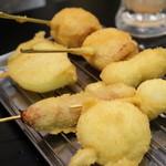 二度と来るよ - トマトベーコン・うずら卵・玉ねぎ・ウインナー・ニンニク