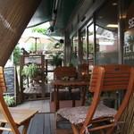 セピアコーヒー - テラス席