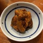 Ajihyakusen - 自家製塩うに:余分な水分が抜けていて日本酒がすすみます