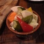 ビンワン - ごろごろ野菜のピクルス