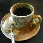 4406687 - ランチにコーヒーも付いてた