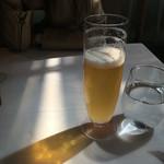44064703 - お昼はビールも良いですね