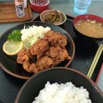 キッチン咲来楽 - 料理写真:唐揚げ定食540。