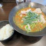 かれー麺 実之和 - かれー麺+半ライス2015.11.04