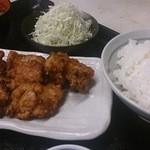 立呑処へそ - 鶏から揚げ定食