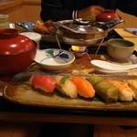 柿の葉ずし ヤマト - 鶏きのこ鍋にぎり御膳