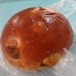 パンの店 ガッタン・ゴットン - りんごとレーズンのパン