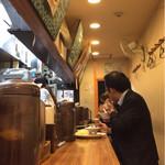 HONMACHI 豚テキ - 店内