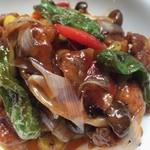 栄康園 - 鶏肉と季節の野菜のピリ辛炒め