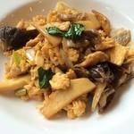 栄康園 - キクラゲと卵の炒め
