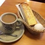 コメダ珈琲店 - カフェ・オ・レ400円+モーニングサービス