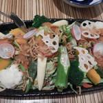 うま翔 - 馬翔サラダ