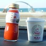 小平町観光交流センター - ドリンク写真:トマトジュース250円コーヒー200円
