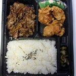 オリジン弁当 成田駅前店 - オリジン弁当シリーズです。今回は唐揚げ牛焼肉弁当です。