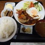44091973 - ハンバーグ定食 \1,100-