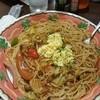 アル・デンテパパ - 料理写真:ベーコンとウインナーと野菜たっぷりパスタ あんかけ