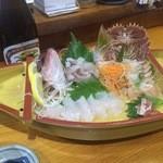 活魚料理 武蔵 - 料理写真:刺身盛り合わせ