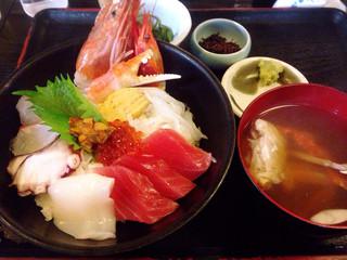 海鮮どんぶり亭 - スペシャル海鮮丼(1680円)