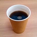 コープベーカリー - ドリンク写真:ブレンドコーヒー:全景図 by ももち