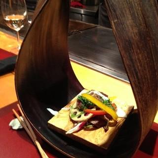 糸島の野菜を使ったお野菜料理をこだわりの器で♪