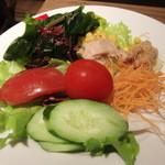 サルヴァトーレ・クオモ アンド バール - ビュッフェのサラダ