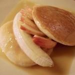 レッスン - モーニングのパンケーキリンゴ&バナナバターソース