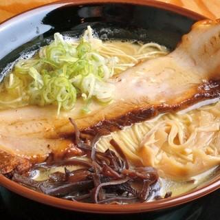 ◆スープは1から手作り♪3日間かけてじっくりと仕込みます