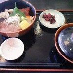 44131972 - ランチ海鮮丼