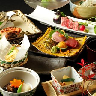 ~四季折々の料理を旬の食材で~目で見て、舌で楽しむお料理。