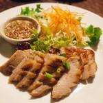 メークマイ - 豚トロの炙り焼き:コムヤーン(800円)