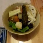 ピカポロンツァ - 本日のおまかせ一品(浅漬けっぽいサラダ)