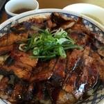 大阪ふくちぁんラーメン - 帯広豚丼(バラ特盛)アップ