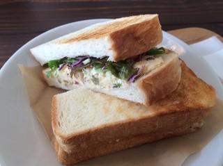 亀の町ストア - 本日のサンドイッチ 500円