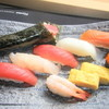 魚扇 - 料理写真:美味しいお寿司でお酒もすすみます。