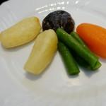 南蛮 銀圓亭 - ビーフシチューに付く温野菜