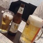 バーンチャーン - タイ式アイスたっぷりのビールとシンハー