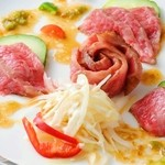 ほの花 - ○土佐和牛のカルパッチョ(わさびソース):土佐和牛を使った、カルパッチョ♪わさびソースでお召し上がりくださいね♪