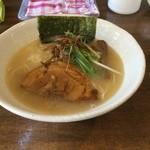 ラーメン和なり - 料理写真:鳥そば780円