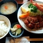 44151324 - ヒレカツ海老フライ定食