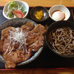 潮太郎 - 豚丼セット900円