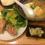 MAGOKORO - から揚げ豚汁定食