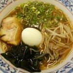 東京らーめん食堂  - 醤油らーめん:480円+卵:50円也