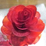 ル スプートニク - フォアグラのテリーヌ  ビーツのチュイル  アガーシート、バラのコンフィチュール