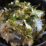 かどや食堂 - 出汁と海苔をかけて・・・さあ、いただきます♪