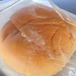 サンエトワール - 108円セールのクリームパン