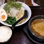 眞 - カレーつけ麺